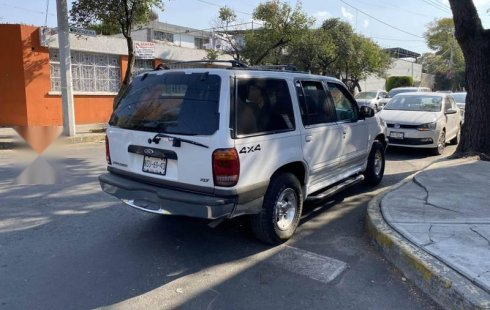 Se vende urgemente Ford Explorer 2000 Automático en Tlalpan