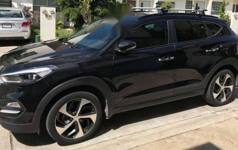 Quiero vender inmediatamente mi auto Hyundai Tucson 2016 muy bien cuidado
