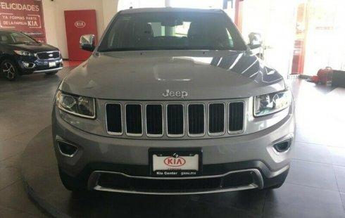 Quiero vender urgentemente mi auto Jeep Cherokee 2015 muy bien estado