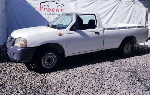 Pongo a la venta cuanto antes posible un Nissan NP300 en excelente condicción a un precio increíblemente barato