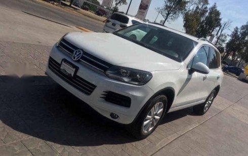 Quiero vender inmediatamente mi auto Volkswagen Touareg 2013