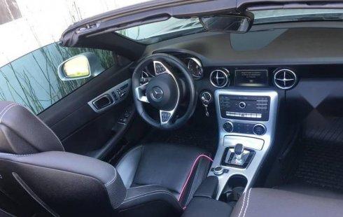 Quiero vender inmediatamente mi auto Mercedes-Benz Clase SL 2017 muy bien cuidado