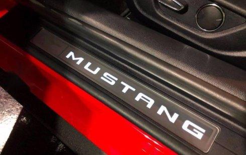 Carro Ford Mustang 2017 en buen estadode único propietario en excelente estado