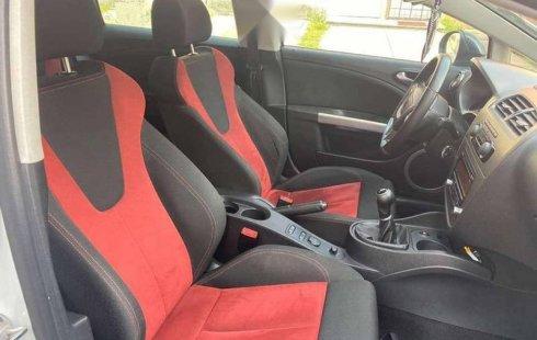 En venta carro Seat Leon 2013 en excelente estado
