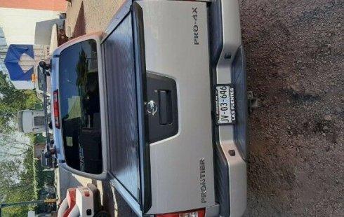Vendo un carro Nissan Frontier 2012 excelente, llámama para verlo