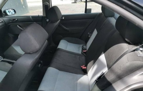 Urge!! Vendo excelente Volkswagen Jetta 2002 Automático en en Guadalajara
