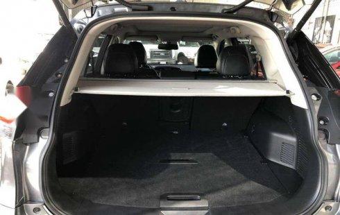 Un excelente Nissan X-Trail 2019 está en la venta