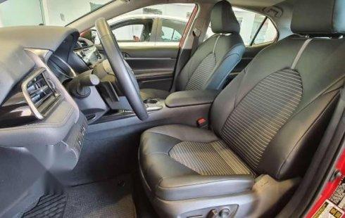 Toyota Camry 2019 usado