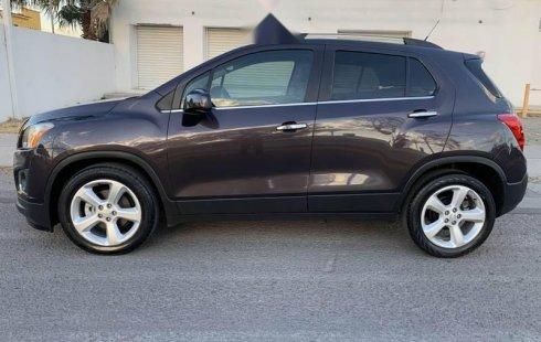 Urge!! Vendo excelente Chevrolet Trax 2015 Automático en en Querétaro