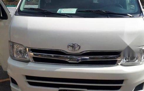 Se vende un Toyota Hiace de segunda mano