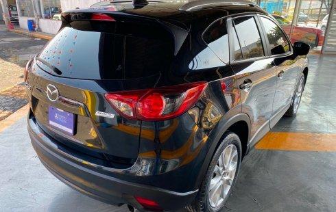 Un Mazda CX-5 2015 impecable te está esperando