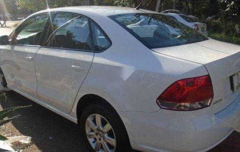 Urge!! Vendo excelente Volkswagen Vento 2014 Manual en en Guadalajara