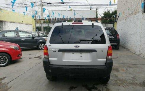 Quiero vender urgentemente mi auto Ford Escape 2006 muy bien estado