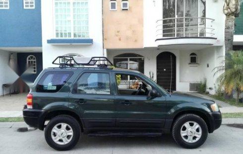 Se vende un Ford Escape de segunda mano