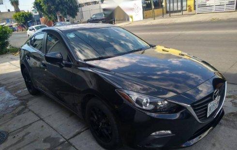 Un Mazda 3 2016 impecable te está esperando