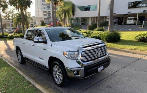 Pongo a la venta cuanto antes posible un Toyota Tundra en excelente condicción a un precio increíblemente barato