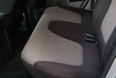 En venta un Mitsubishi L200 2012 Manual en excelente condición