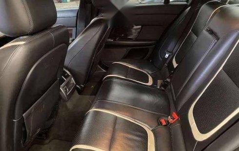 Quiero vender cuanto antes posible un Jaguar XF 2012