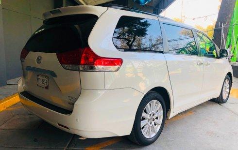Toyota Sienna usado en Tlalpan