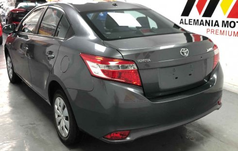 Toyota Yaris 2017 impecable