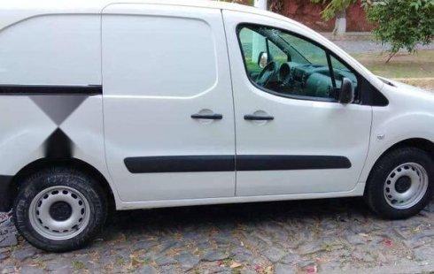 Peugeot Partner impecable en Zapopan más barato imposible
