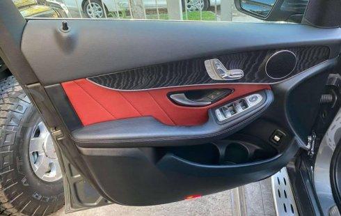 Vendo un carro Mercedes-Benz Clase GLC 2019 excelente, llámama para verlo