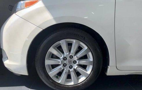 Quiero vender cuanto antes posible un Toyota Sienna 2013