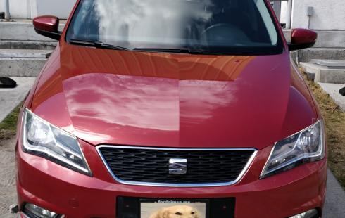 SEAT Toledo Motor 1.2 litros TSI turbo cargado.