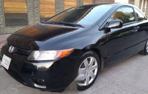 Un Honda Civic 2008 impecable te está esperando