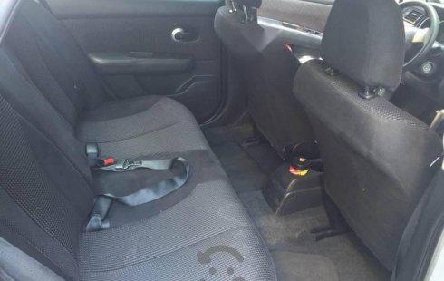 Quiero vender inmediatamente mi auto Nissan Tiida 2010