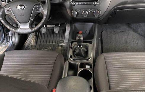 Un Kia Forte 2017 impecable te está esperando
