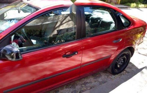 Quiero vender urgentemente mi auto Ford Focus 2007 muy bien estado
