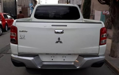 Vendo un Mitsubishi L200 en exelente estado