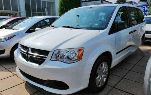 Tengo que vender mi querido Chrysler Grand Caravan 2017