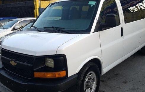 Quiero vender inmediatamente mi auto Chevrolet Express 2016 muy bien cuidado