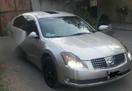 En venta un Nissan Maxima 2004 Automático en excelente condición