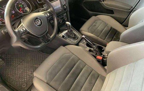 Coche impecable Volkswagen Golf con precio asequible