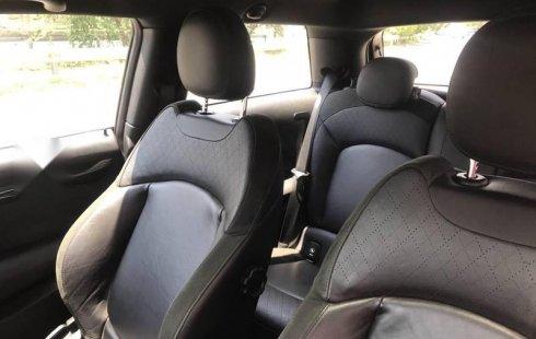 En venta un MINI Cooper S 2017 Automático muy bien cuidado