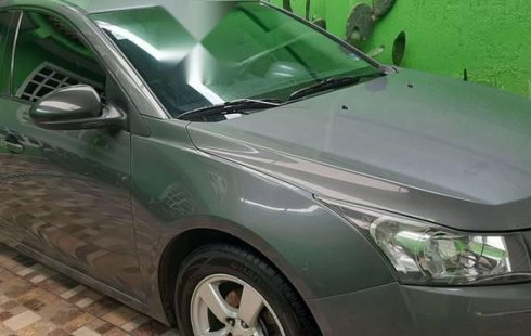 Quiero vender inmediatamente mi auto Chevrolet Cruze 2011