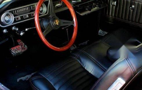 Ford Mustang 1965 usado en Tonalá