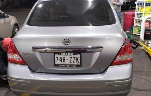 Quiero vender un Nissan Tiida en buena condicción