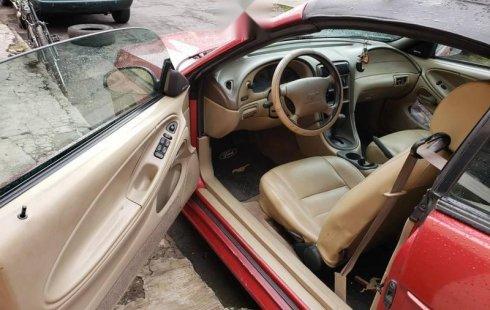 Pongo a la venta cuanto antes posible un Ford Mustang en excelente condicción