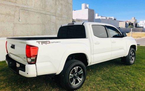 Auto usado Toyota Tacoma 2017 a un precio increíblemente barato
