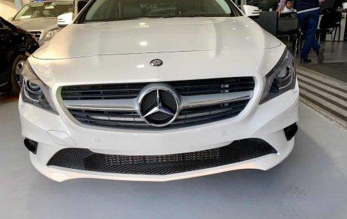 Vendo un carro Mercedes-Benz Clase CLA 2015 excelente, llámama para verlo