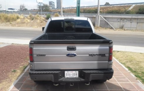 Un Ford Raptor 2011 impecable te está esperando