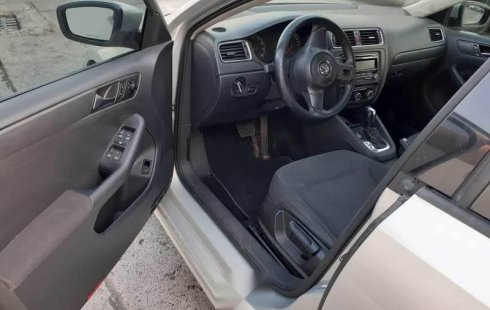 Auto usado Volkswagen Jetta 2011 a un precio increíblemente barato