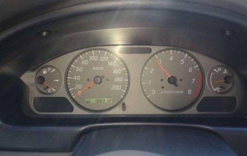 Quiero vender cuanto antes posible un Nissan Sentra 2001