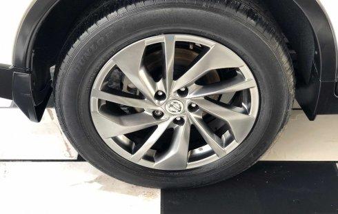 Un Nissan X-Trail 2016 impecable te está esperando