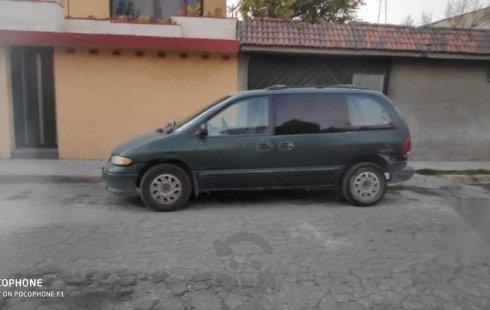 Quiero vender inmediatamente mi auto Chrysler Voyager 1996