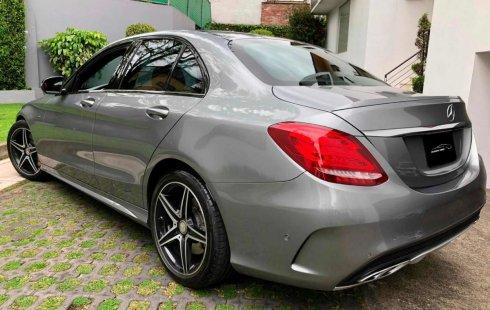 Tengo que vender mi querido Mercedes-Benz Clase C 2017